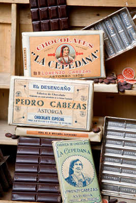 "Tabletas antiguas de chocolate en Astorga ""Chocolates La Cepedana"""